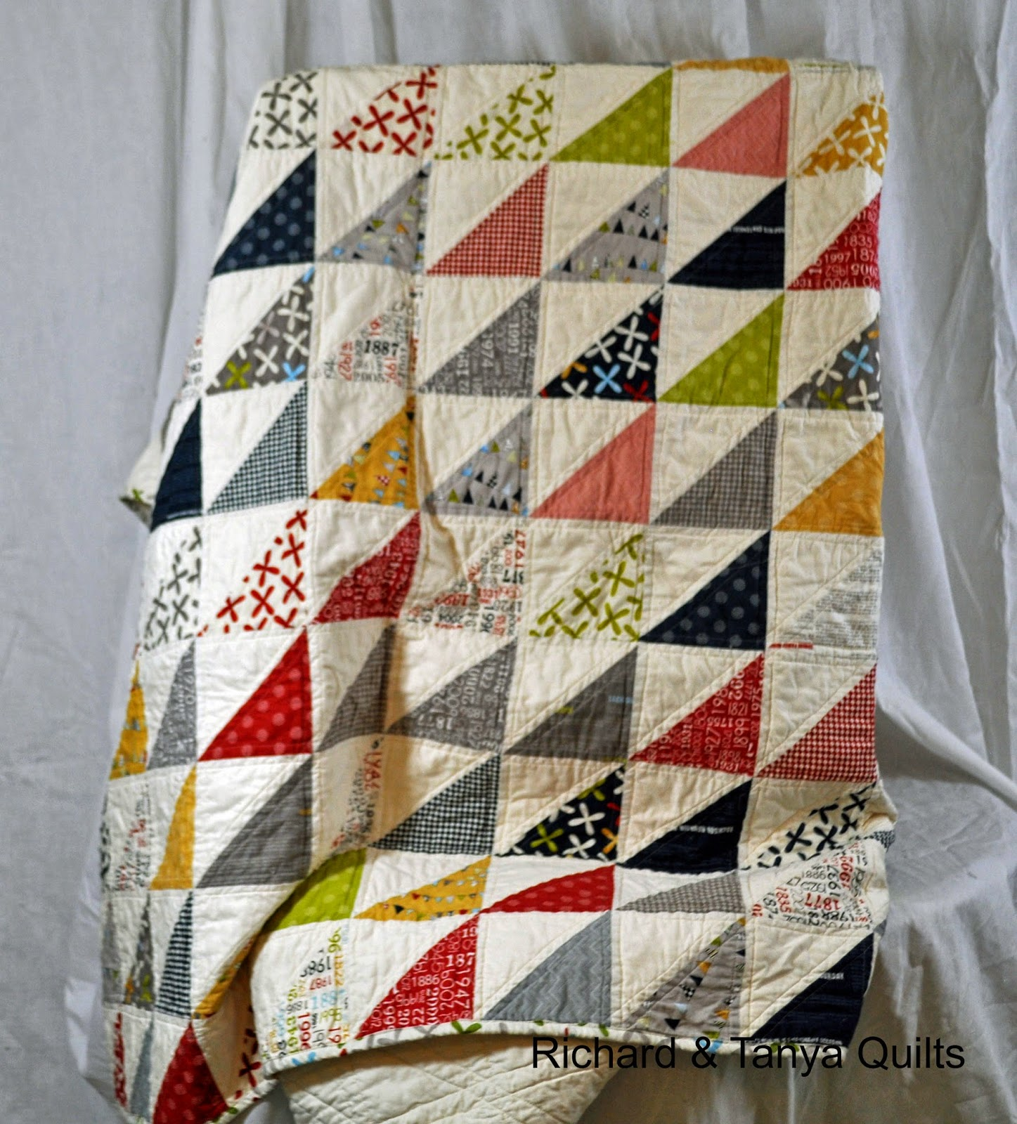 Richard and Tanya Quilts: Custom HST Twin Size Quilt from Reunion : quilts twin size - Adamdwight.com