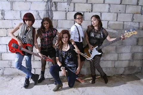 Histeria - Muzik (Diana Danielle, Nad Zainal, Sara Ali, Mila Jirin, Umie Omar) MP3