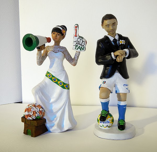 statuina torta matrimonio sposo pallone pantaloncini tifosa orme magiche