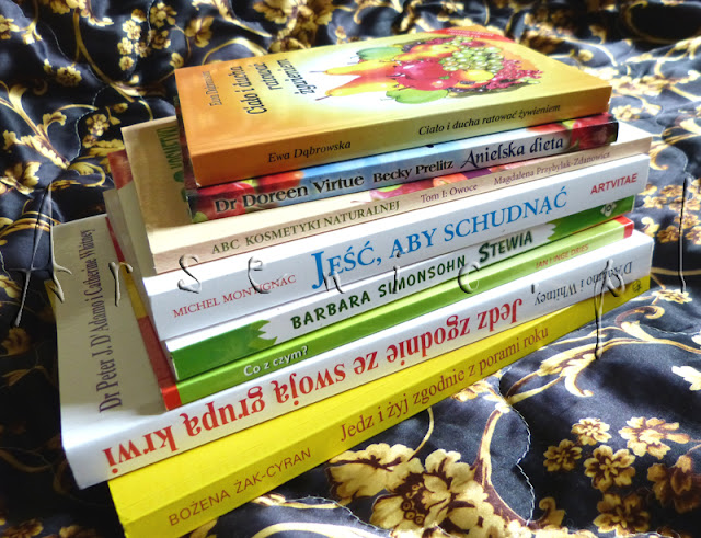 Co czytam obecnie? Zawalona książkami o dietach przeróżnych