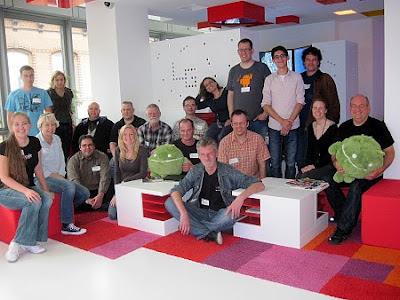 Foto der Teilnehmer des Google Top-Beitragenden-Treffens in Hamburg 2012