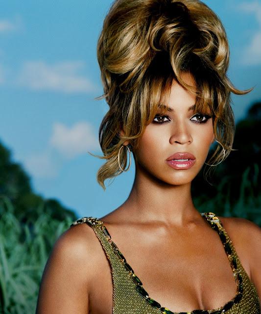 Beyonce Deja Vu 60s messy updo