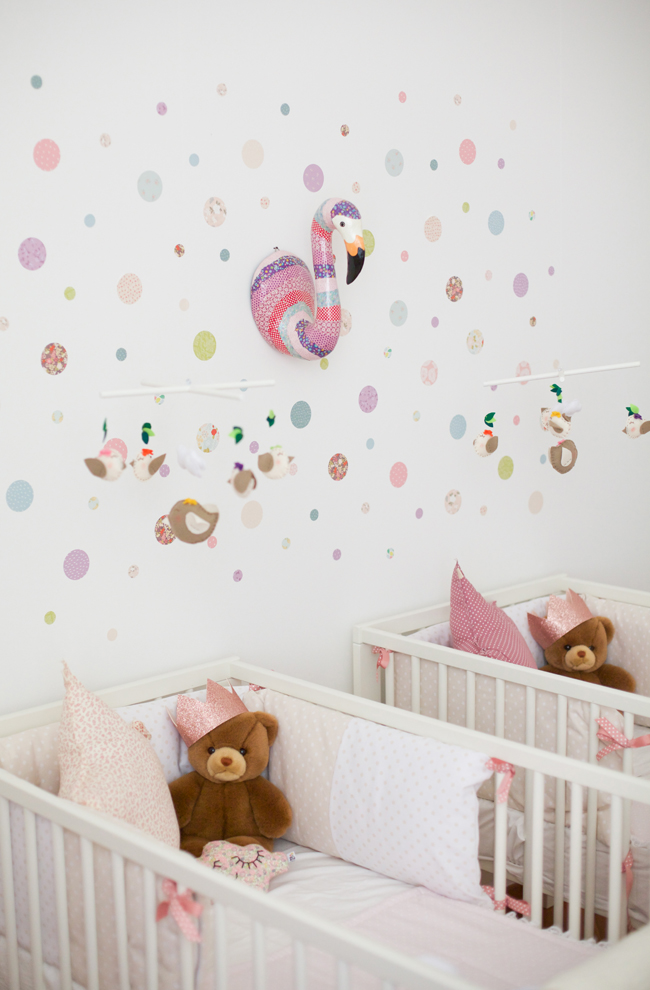 Sweet as a candy kids la cameretta di ginevra e greta - Decorazioni floreali per pareti ...