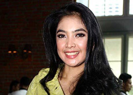 ingrid kansil   artis cantik toket artis indonesia