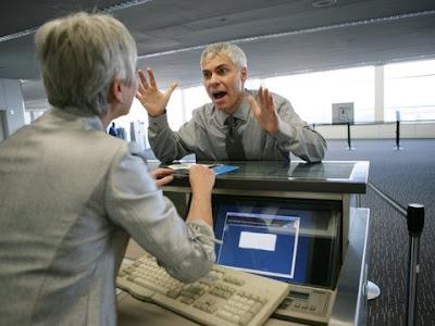 Число жалоб россиян на финансовые услуги выросло в полтора раза