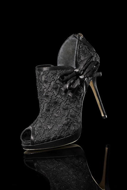 Christian_Dior_lily_Shoe_Bootie