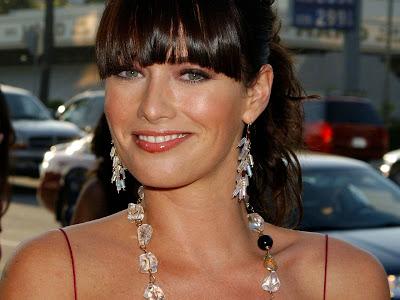 English actress Lena Headey HD Wallpapers