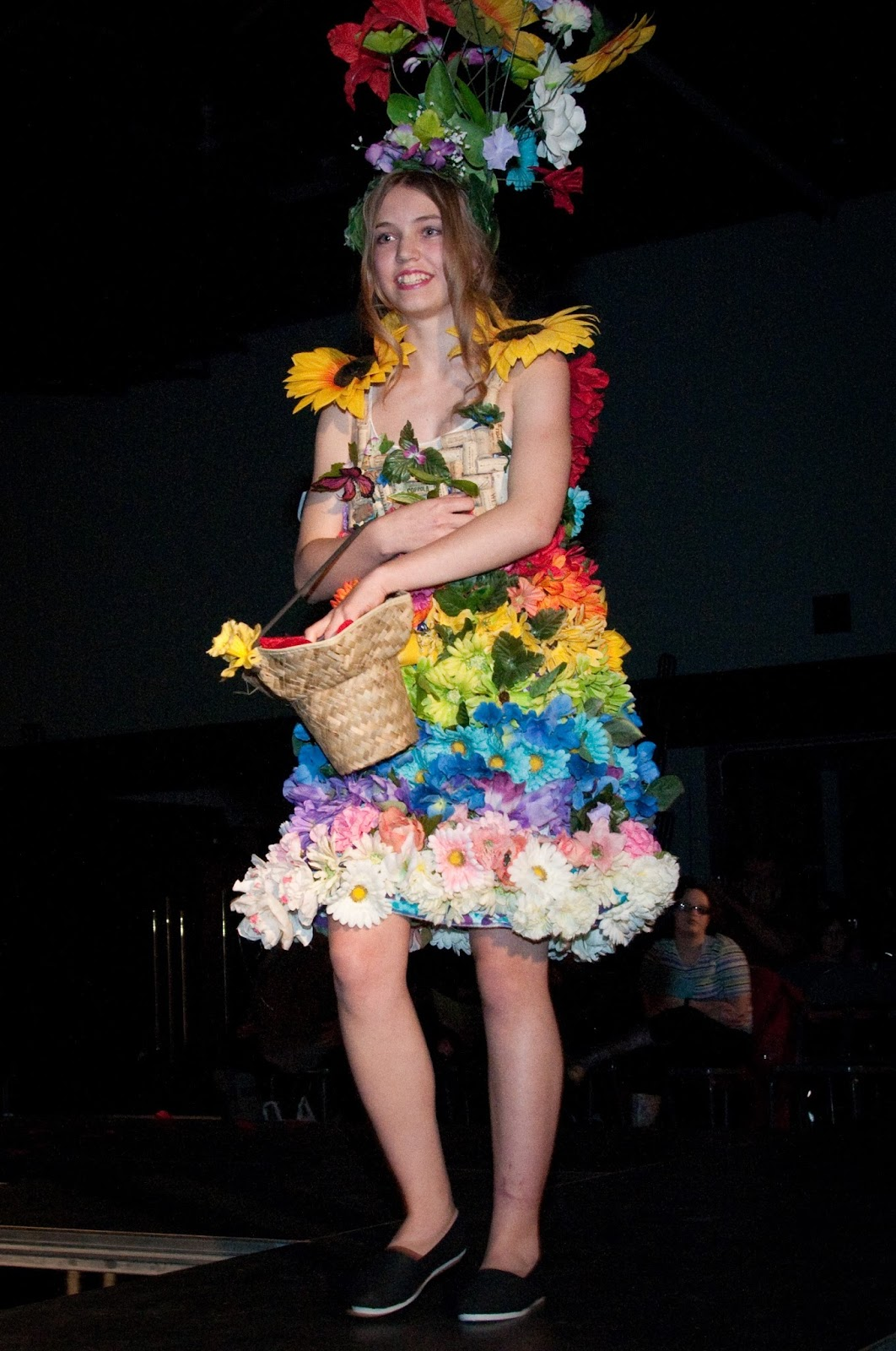 dress - Art to recycled wear fashion show video