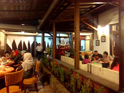 Teysa's Café: Great Taste in Homey Place