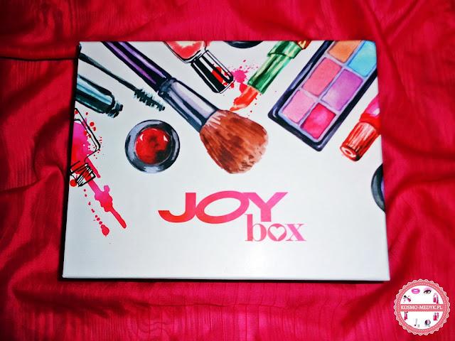 JoyBox Makeup -12 kosmetyków w jednym boxie.