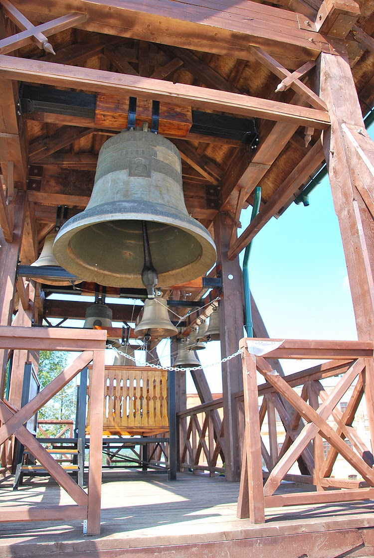Звонница в Белогорском монастыре
