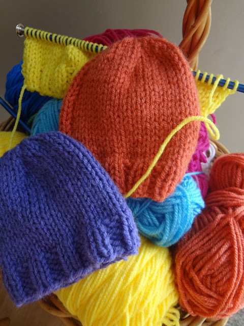 Fiber Flux: Its NICU baby knitting time again!