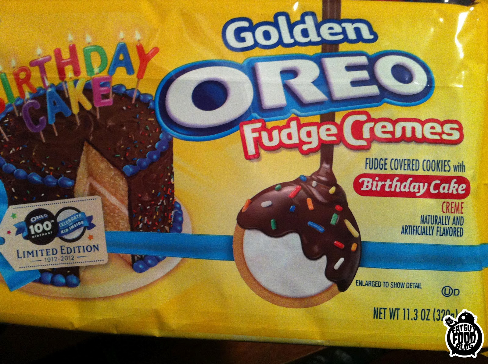 FATGUYFOODBLOG BIRTHDAY CAKE GOLDEN OREO FUDGE CREMES