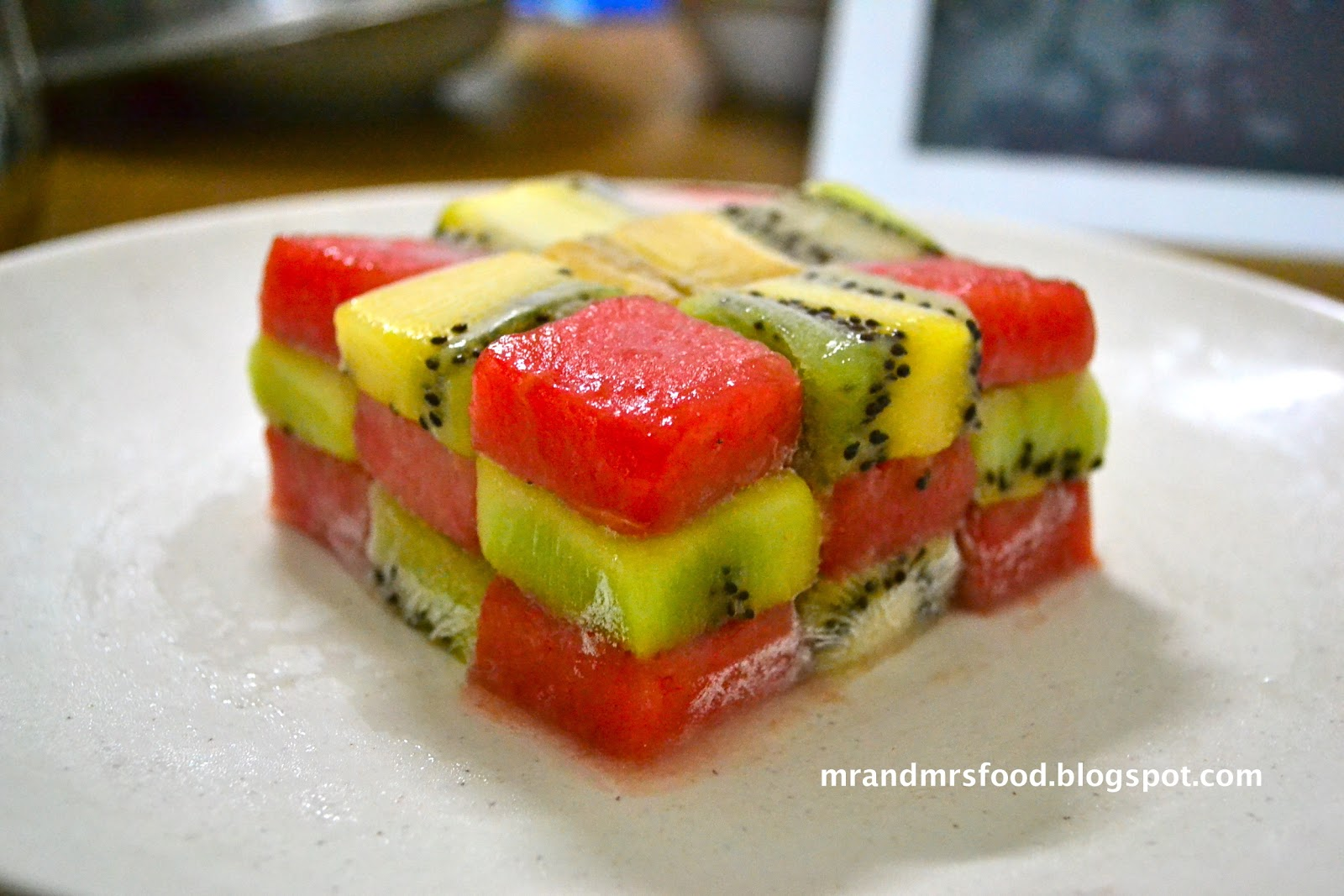 Food Archeologists Fruits Salad Cube - Cuisine pmr