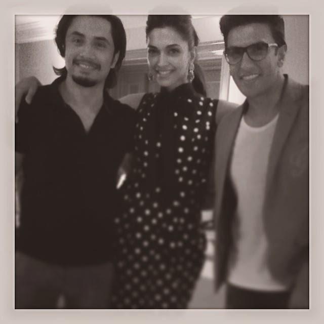 Ranveer Singh , SRK,Deepika Padukone & Ali Zafar at Mid-Day Bash