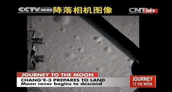 Wahana Antariksa Chang'e-3 Milik Cina Mendarat di Bulan