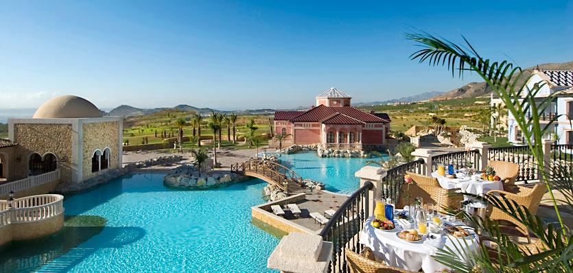 Hoteles para ni os benidorm alicante hotel meli for Hoteles con piscina climatizada