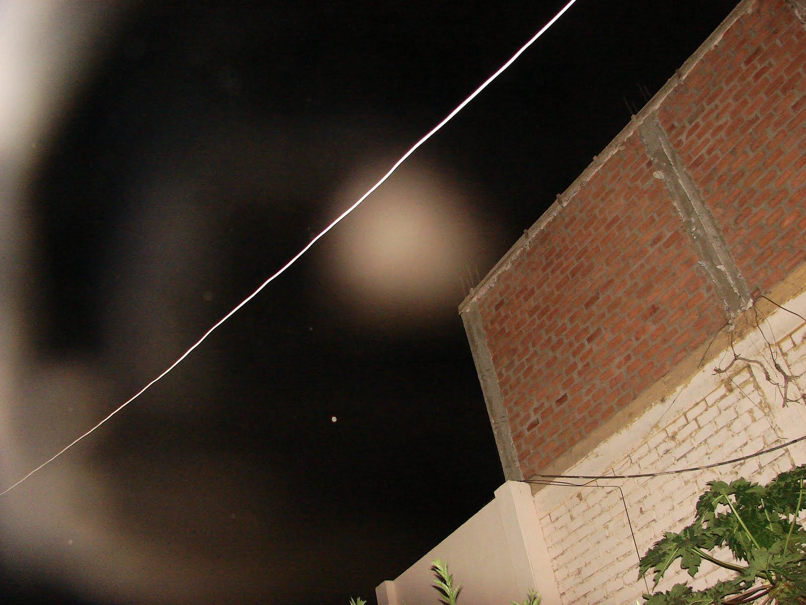 Atencion-24-enero-25-26-27-28-29-30...2012 siguen los avistamientos ovni casa Huacho-sec-ufo...