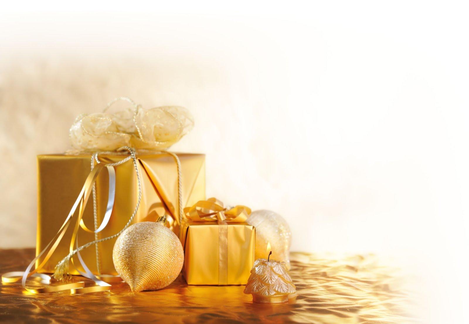 http://3.bp.blogspot.com/-bbXLDM0HVyM/UMvaEsQjtuI/AAAAAAABXkM/cc5S_u1rrKY/s1600/adornos-navide%25C3%25B1os-esferas-y-regalos-dorados.jpg