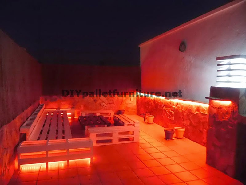 Sof s para terraza chillout y mesa - Terraza palets chill out ...