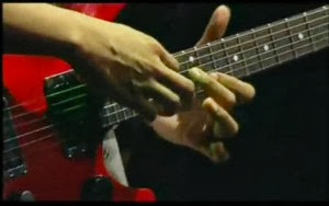 belajar melodi, ngulik lagu, tips, tips bermain gitar,