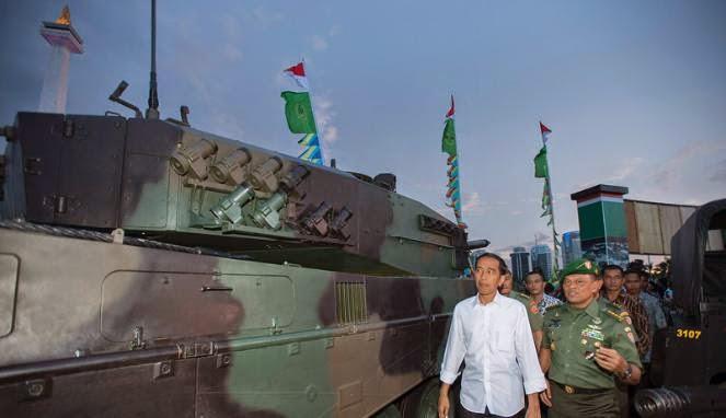 Presiden Jokowi Suntik Dana Rp700 Miliar ke Pindad