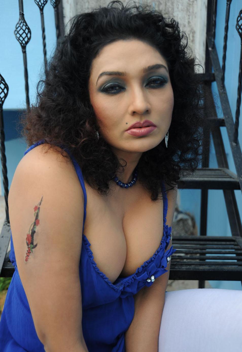 kannada actress ramya naked