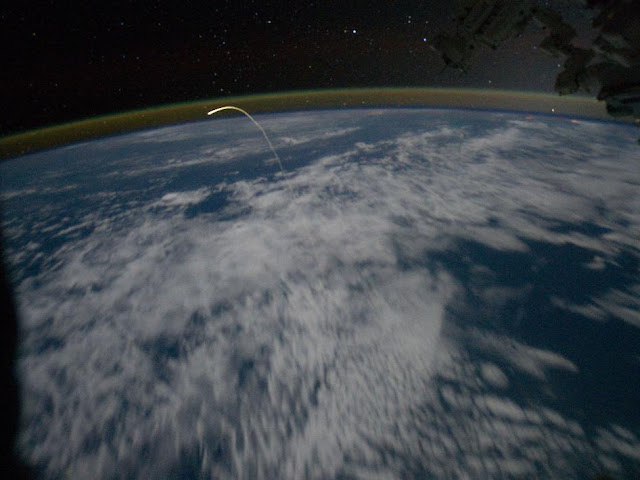 Reentrada atlantis desde ISS