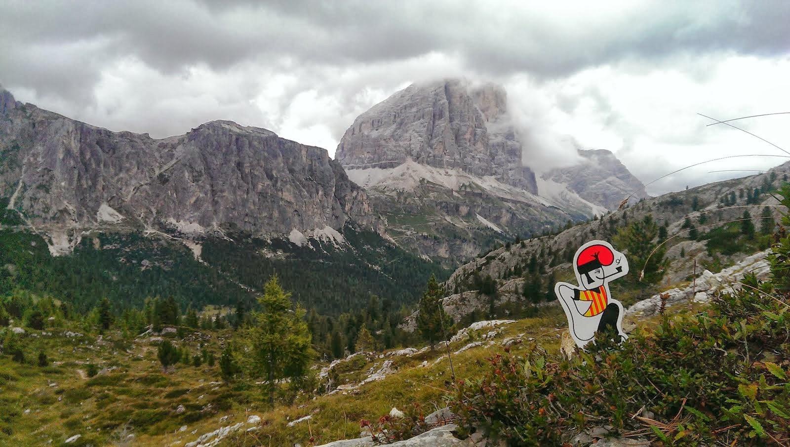 El  catganer per les Dolomiti.