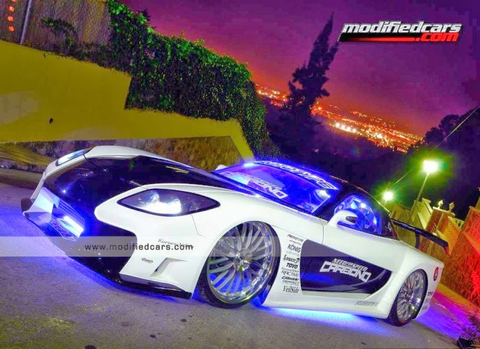 Best Modified Black And White Mazda RX7 Wallpaper
