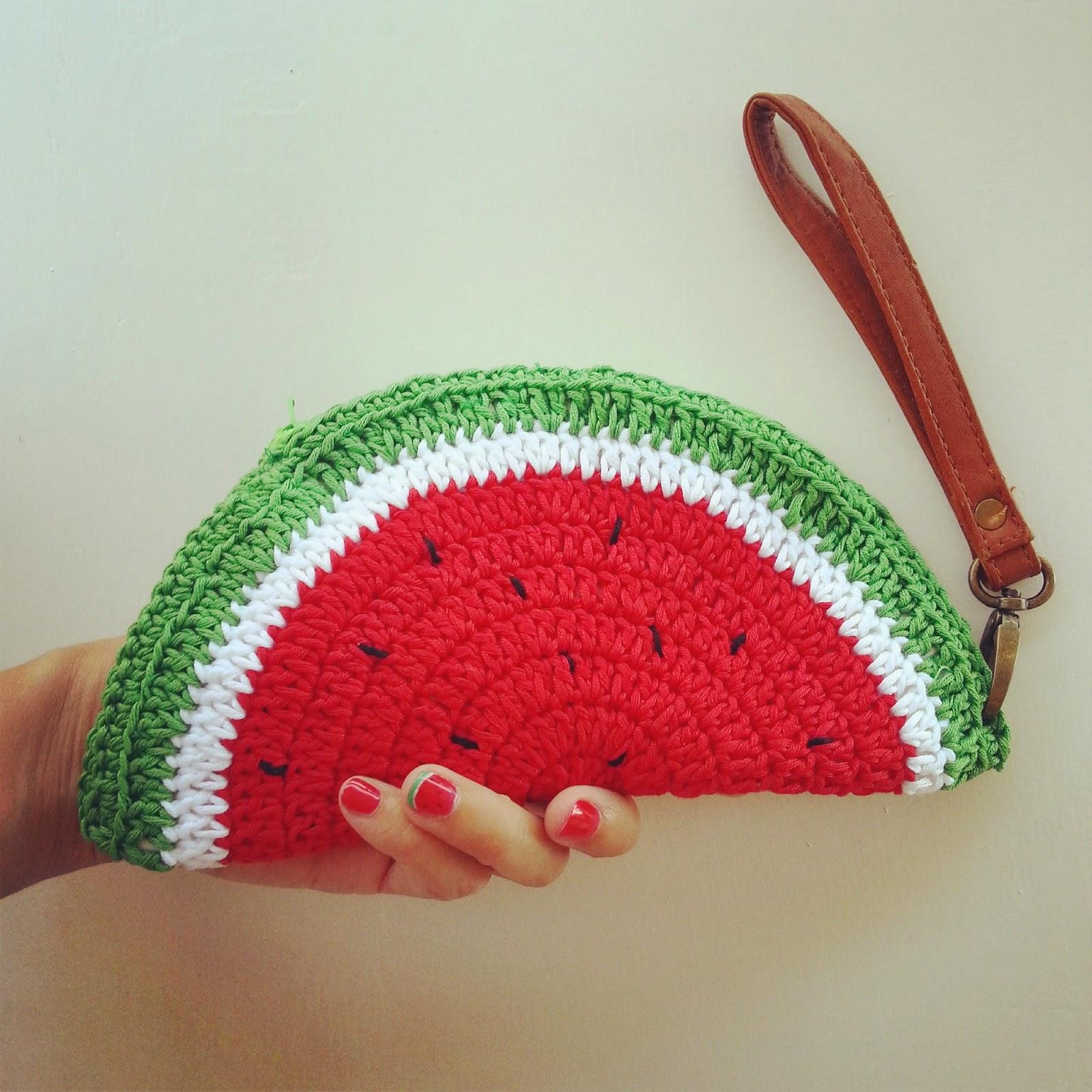 Free Crochet Coin Purse Pattern : Visit my new website http://www.fabcroc.com/2014/11/schema-borsa ...