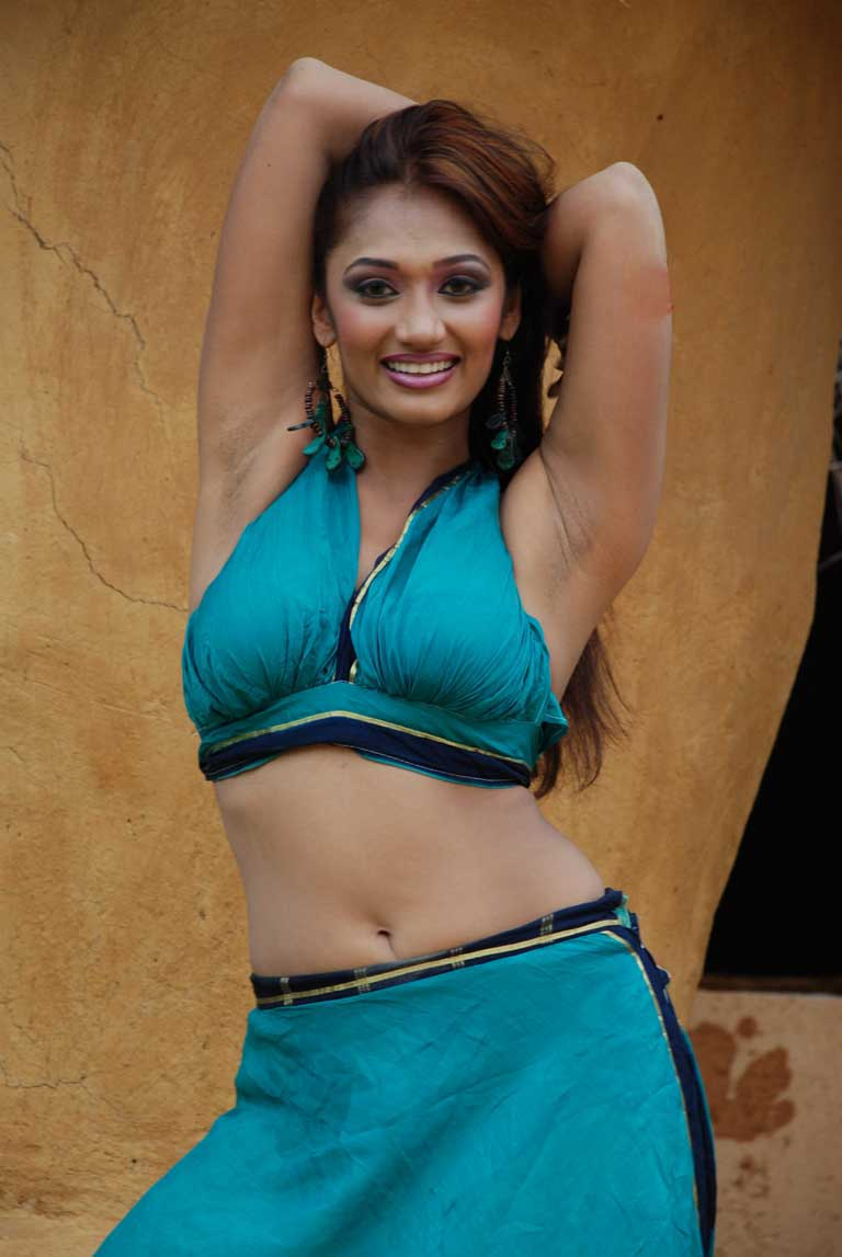 Sri lankan actress upeksha