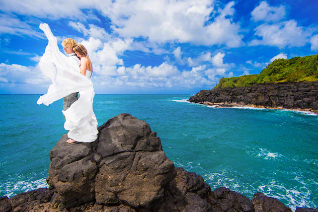 destination kauai wedding, top kauai wedding photographers, wedding at the princeville st regis hawaii, hawaii destination wedding photographer
