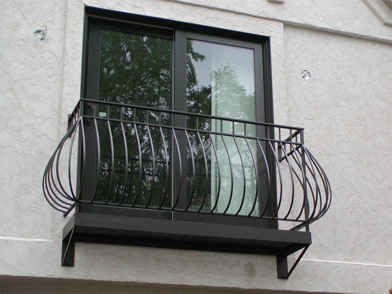 Balcony Grills Design Pictures http://nadar-iron-works.blogspot.com/p/blog-page.html
