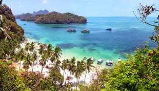 Beaches and Islands at Ang Thong near Ko Samui