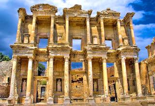 Perpustakaan Celsus (Efesus, Turki)