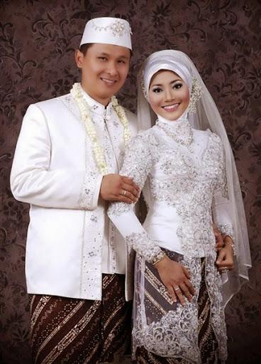 Contoh Model Baju Pengantin Pria Muslim Desain Sederhana Elegan Terbaru