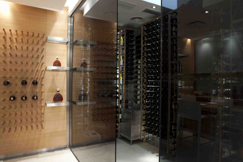 Dise o arquitectonico cavas con dise o para el hogar - Cavas de vinos para casa ...