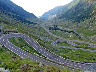 Most-Beautiful-Road-Of-The-World