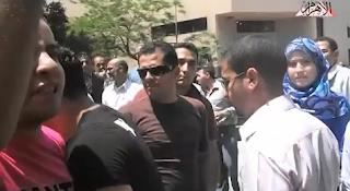 تظاهر الاقباط المسيحيين امام السفارة الامريكية فى مصر