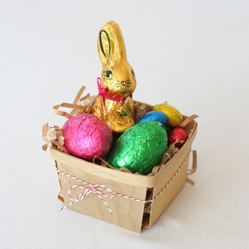 Blankgoods+AU+Easter+Tablescapes+DIY+Craft+Inspiration+berry+box+chocolate+bunny Easter Crafts Inspiration