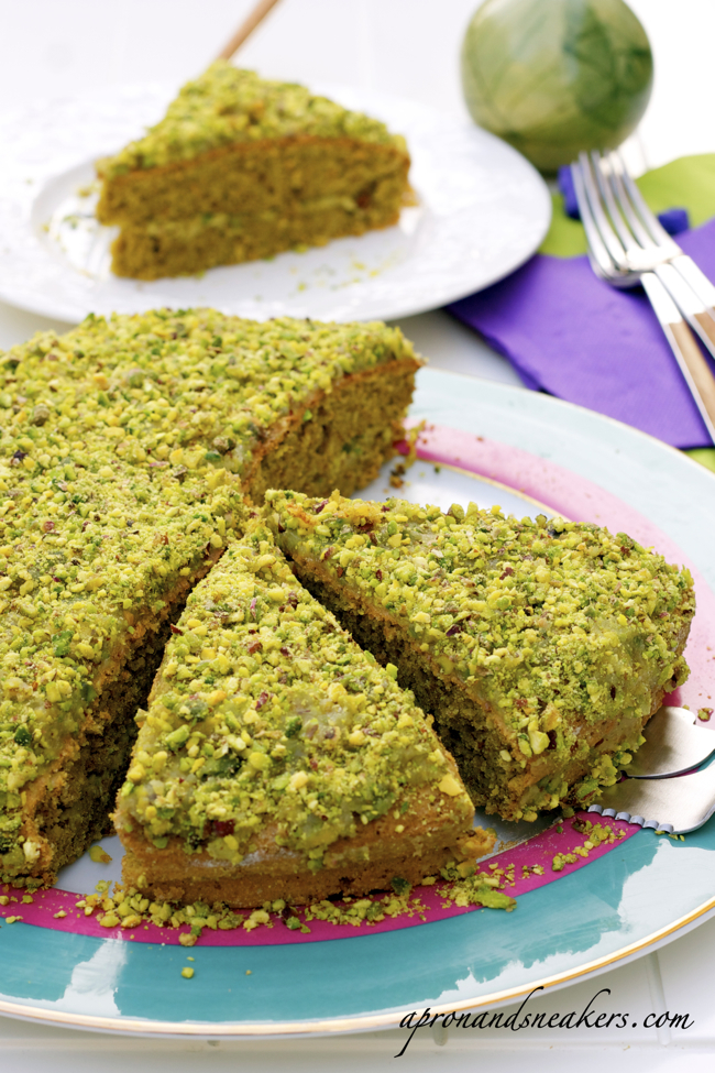 ... - Cooking & Traveling in Italy and Beyond: Bronte Pistachio Cake