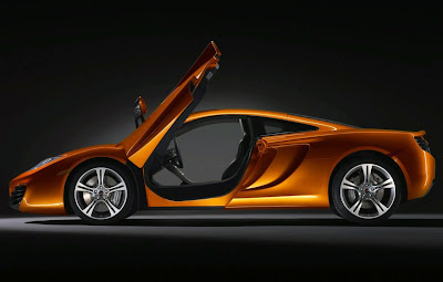 2011 McLaren MP4-12C Wallpaper