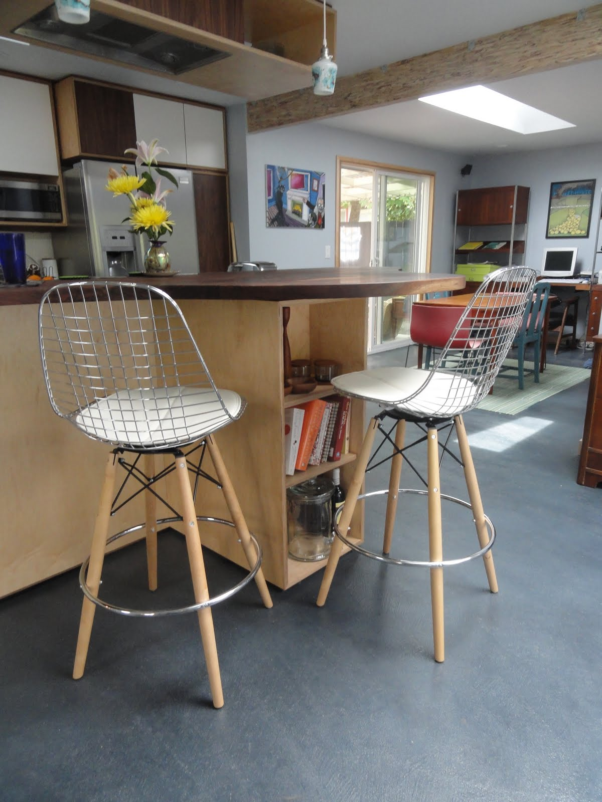 Eugene Modern Monkey Modernica Bar Stools Eames Wire Chair