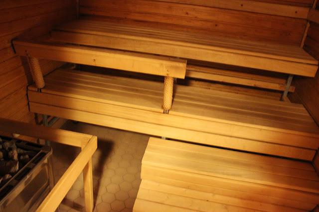 Toholampi, Hirvikoski retkeilyhotelli sauna