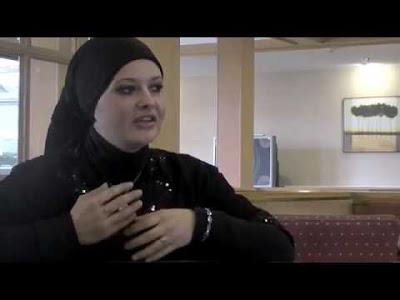 wanita+masuk+islam