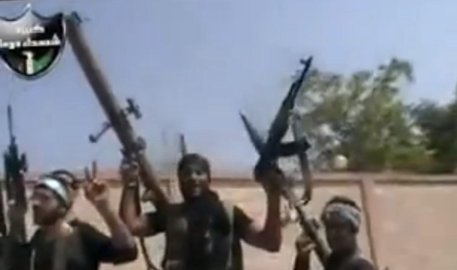 http://3.bp.blogspot.com/-be73dyR44Tw/T-8QDv-GTNI/AAAAAAAAB00/fjecM1RB_Bk/s1600/Douma-tank-killer-Maybe-RL-83-Blindicide-01.jpg