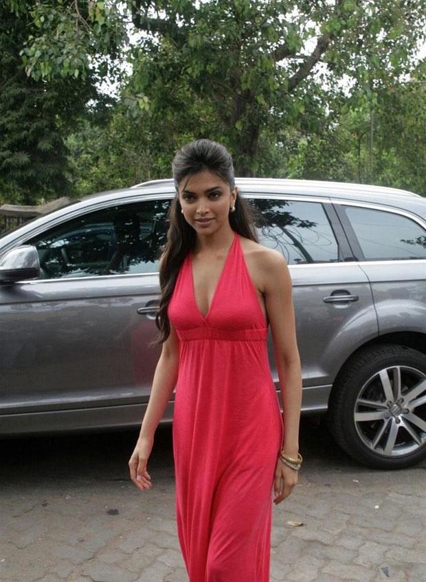 Cinema Actress Gallery: Telugu Actress Deepika Padukone