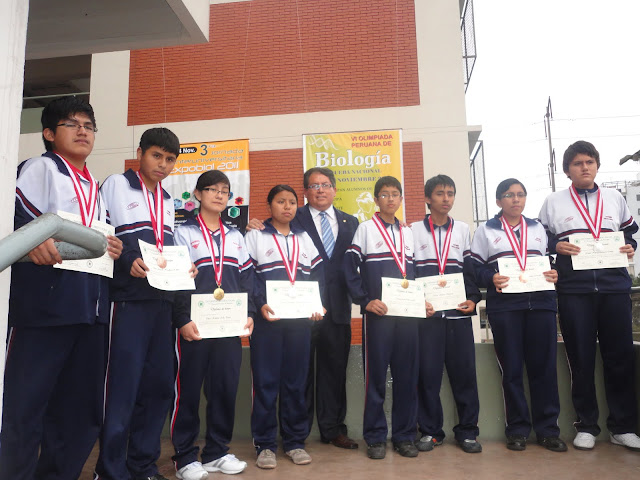 SIXTH PERUVIAN BIOLOGY  OLYMPIAD 2011 GOLD, SILVER AND BRONZE MEDALS