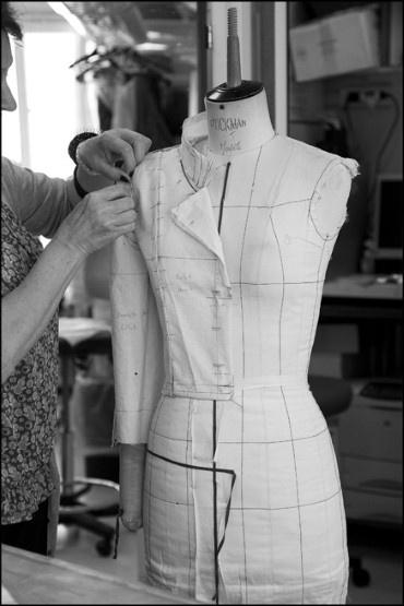 Sew your own couture - Chambre syndicale de la haute couture parisienne ...